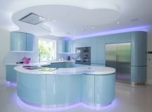 20 Extravagant Examples Of Colorful Kitchens That Will ...