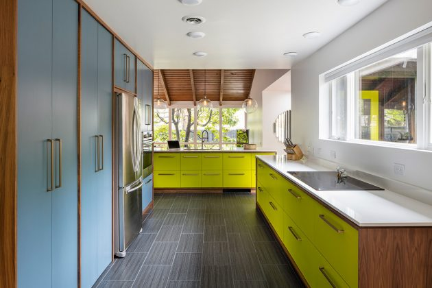 15 Beautiful MidCentury Modern Kitchen Interior Designs