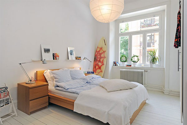 small apartment bedroom idea 16 Super Functional Ideas For Decorating Small Bedroom