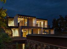 Tucán House by Taller Héctor Barroso in Valle de Bravo, Mexico