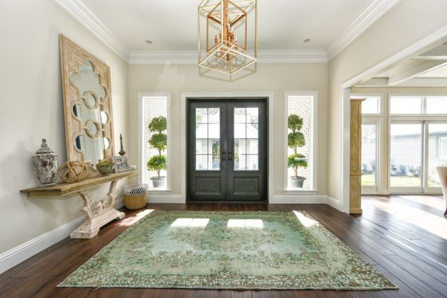 15 embracing transitional foyer