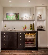 16 Elegant Transitional Home Bar Designs To Entertain Your ...