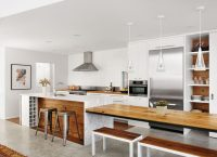 Marble And Wood For Perfect Kitchen Design