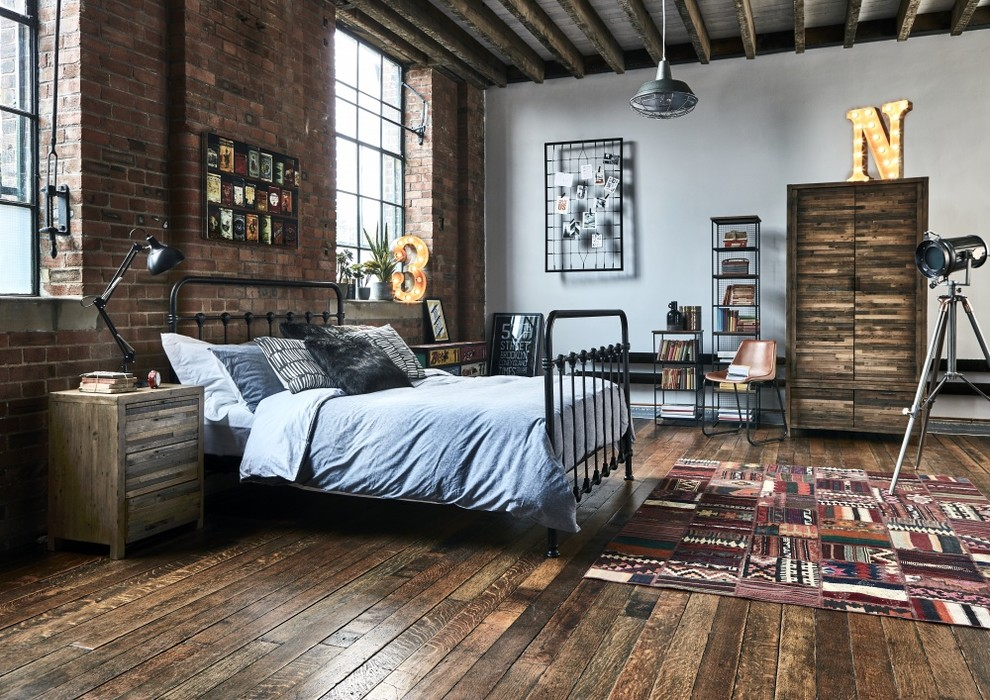 15 Compelling Industrial Bedroom Interior Designs That