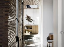 Courtyard House by FIGR Architecture & Design in ...