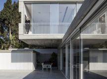 Dual House by Axelrod Architects + Pitsou Kedem Architects ...
