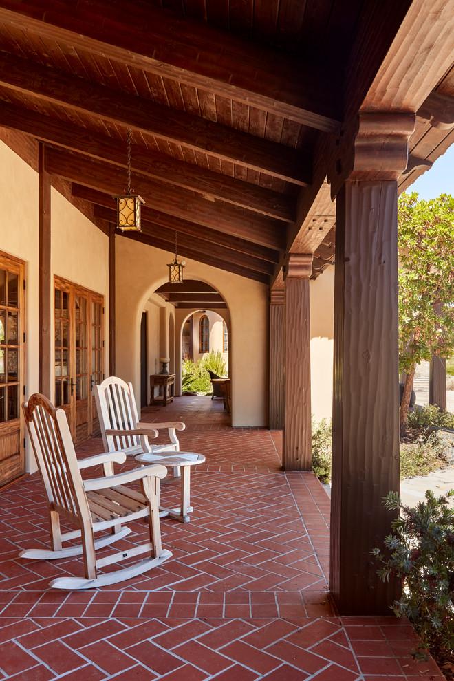 15 Beautiful Mediterranean Porch Designs That Will Drag