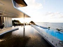 Lagoon House by Robin Payne in Bribie Island, Australia