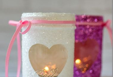 15 Charming DIY Mason Jar Gifts For Valentine's Day