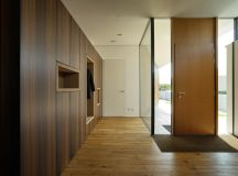 16 Glamorous Modern Entry Hall Designs That Will Give You ...