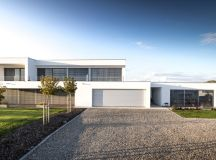 20 Remarkable Modern Home Exterior Designs That Will Steal Your Gaze