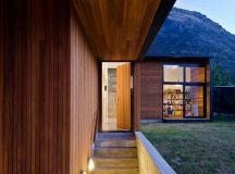 Drift Bay House by Kerr Ritchie Architects in Queenstown ...