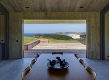 Escarpment House by Atelier Andy Carson in Gerringong, Australia