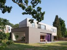 Wedge House by SOUP Architects in Surrey, United Kingdom