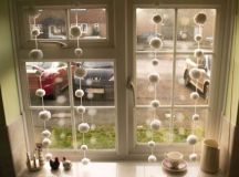 17 Really Amazing DIY Window Decor Ideas That You Can Do For Free