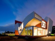 House on the Flight of Birds by Bernardo Rodrigues in ...