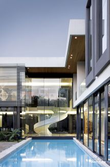 Glass Modern House Design in Johannesburg