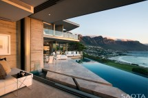 Modern House with Amazing Views