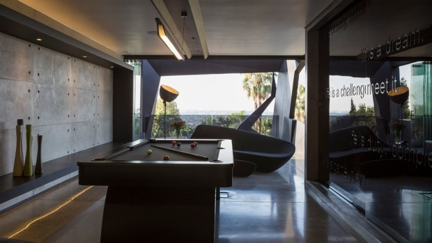 Entertainment room in Kloof Road House