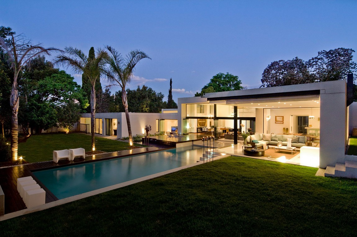 Awesome houses Mosi residence by Nico van der Meulen