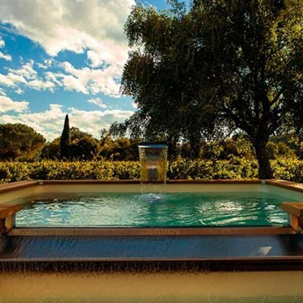 piscine en bois avec chauffage solaire