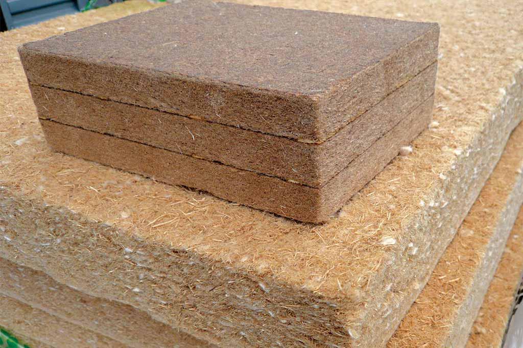 reportage-architecturebois-maison-dossier-kit-habitat-wood-house-bois-isolant-bois-fibre-laine-steico