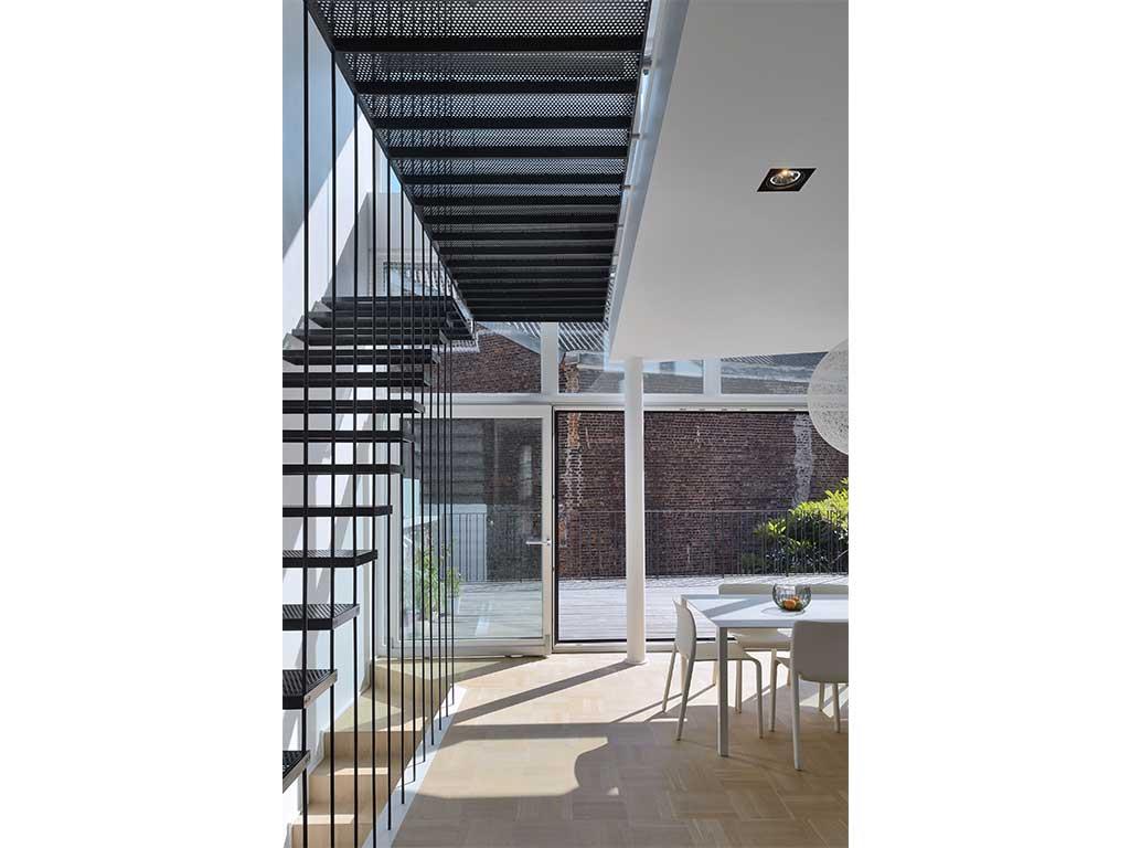 reportage-architecturebois-maison-dossier-kit-habitat-wood-house-bois-fenetre-rt2012-forma47