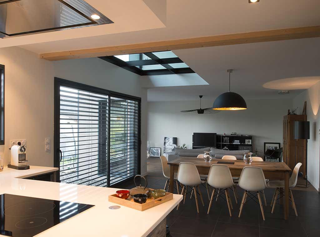 reportage-architecturebois-maison-dossier-kit-habitat-wood-house-bois-fenetre-rt2012-scmc3