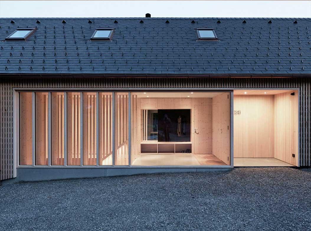 reportage-architecturebois-locale-maison-dossier-kit-habitat-wood-house-bois-fenetre-rt2012-autriche-1