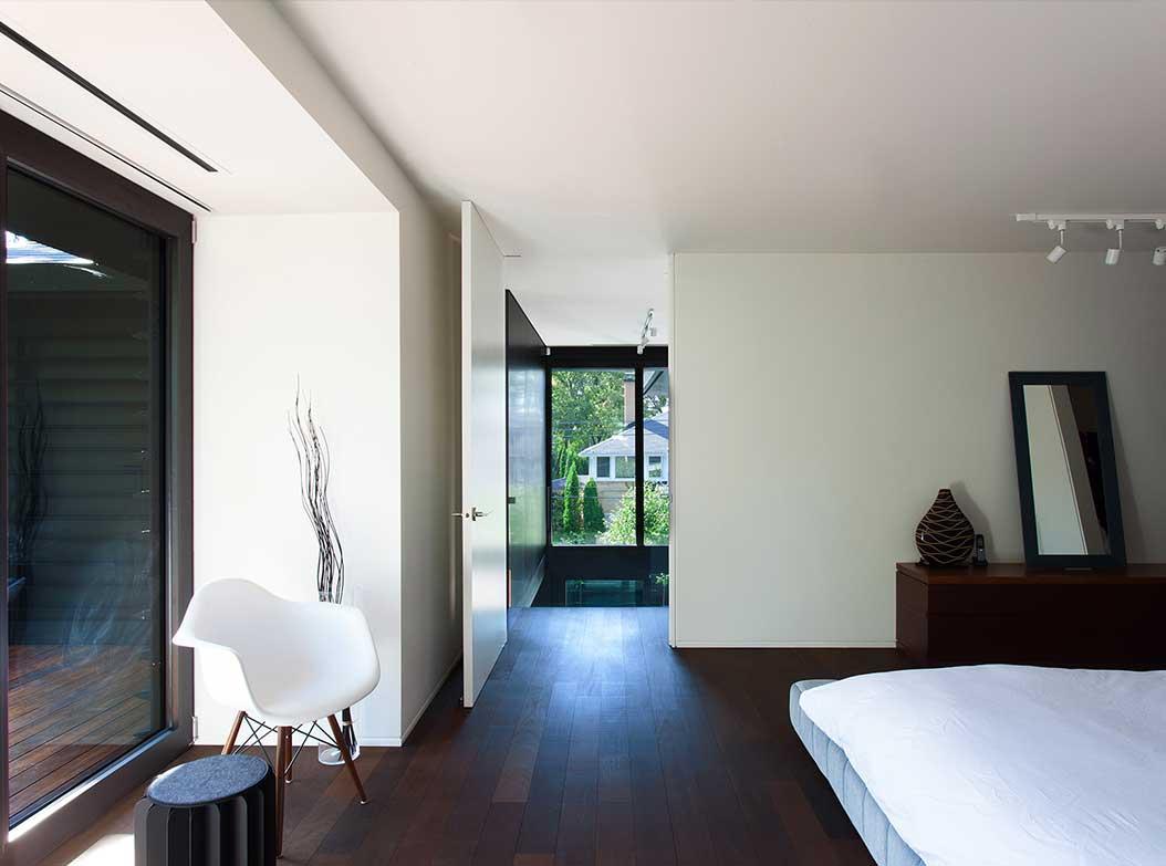 reportage-architecturebois-maison-dossier-kit-habitat-wood-house-bois-fenetre-rt2012-canada-oosaturebois-5