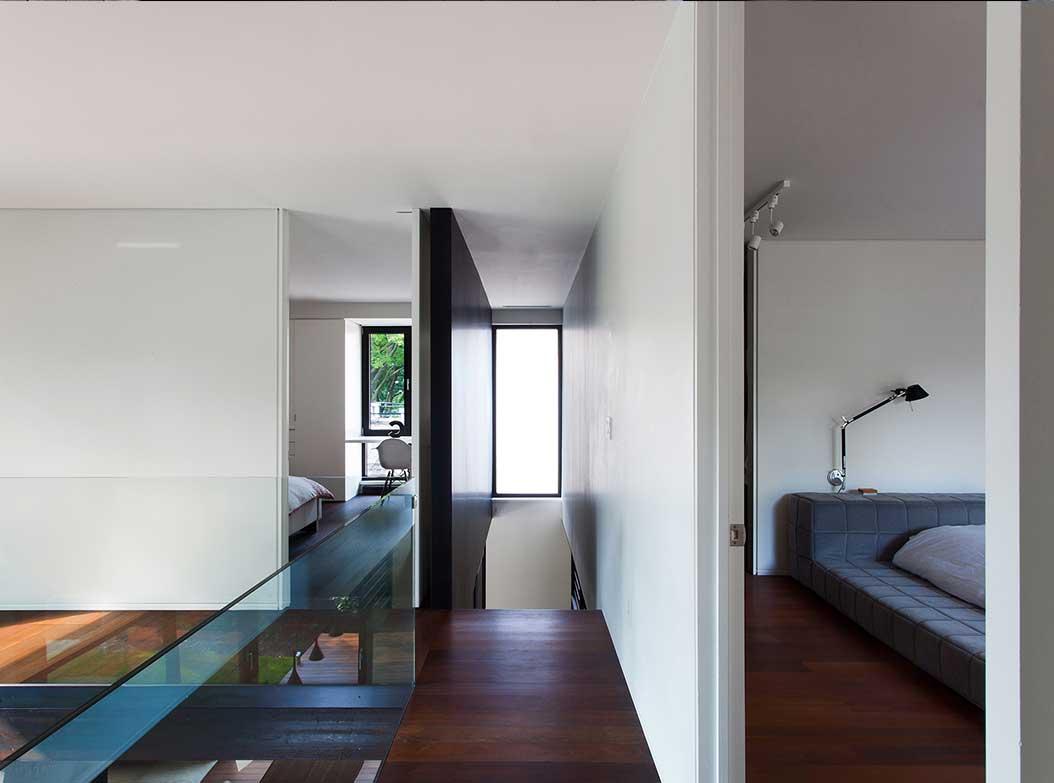 reportage-architecturebois-maison-dossier-kit-habitat-wood-house-bois-fenetre-rt2012-canada-oosaturebois-6