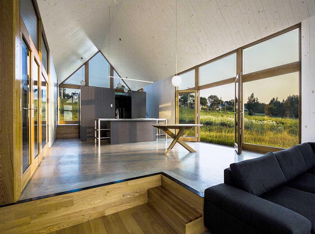 reportage-architecturebois-maison-dossier-kit-habitat-wood-house-bois-fenetre-rt2012-canada-oosaturebois-jumelles-5