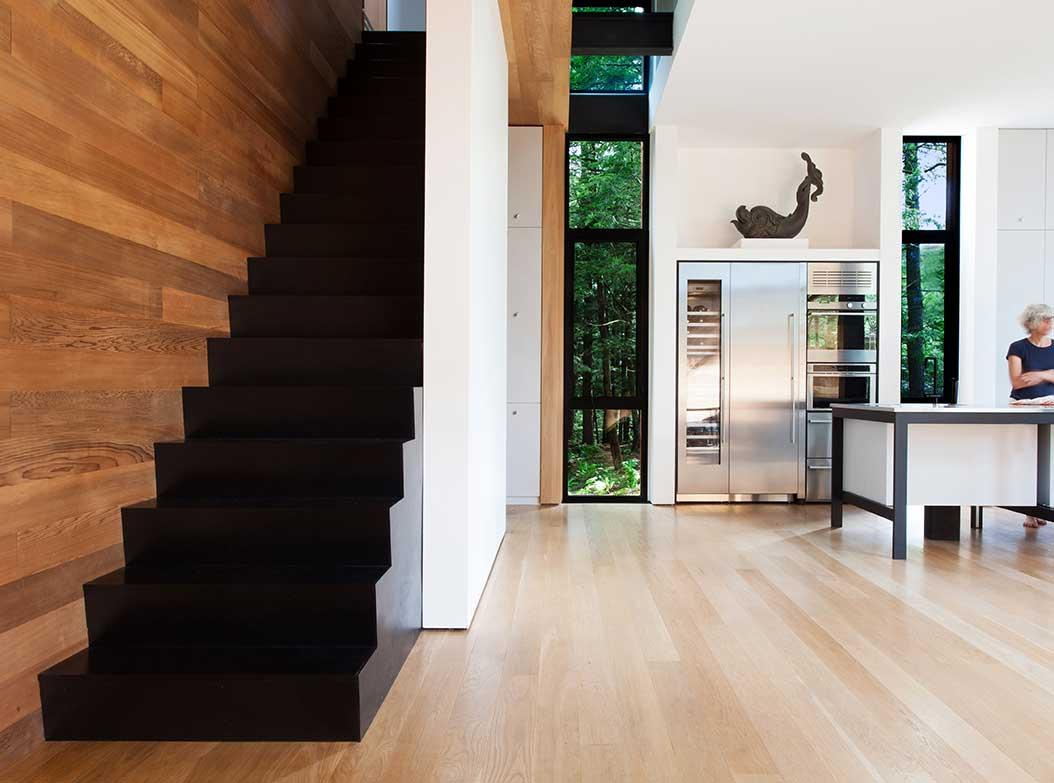reportage-architecturebois-maison-dossier-kit-habitat-wood-house-bois-fenetre-rt2012-canada-5