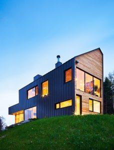 entrée d'une maison bois moderne