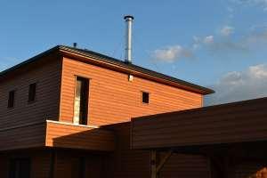 terrasse en bois d'une maison bois moderne à la Rochelle