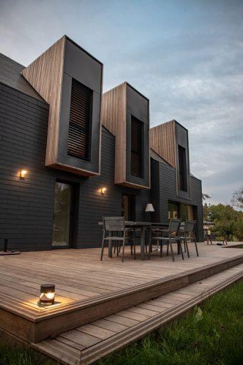 maison en pierre avex extension en bois