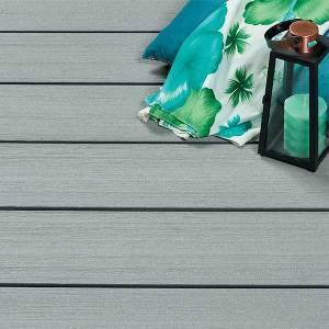 Terrasse bois composite Pacifique Wex gris - © PiveteauBois