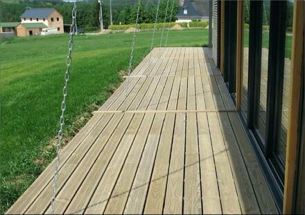 lames de terrasse en bois naturel