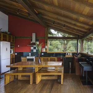 cuisine ouverte avec salle à manger