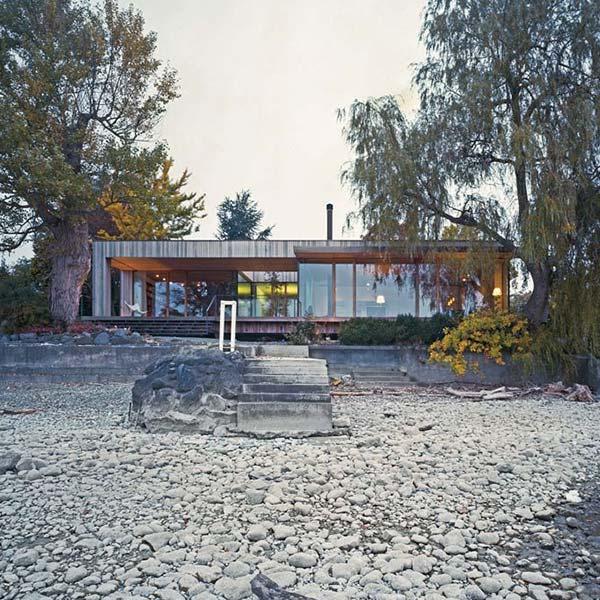 résidence en bois avec vue panoramique à côte du lac constance