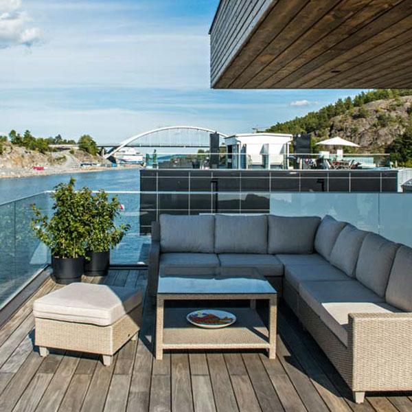 terrasse en bois avec vue magnifique