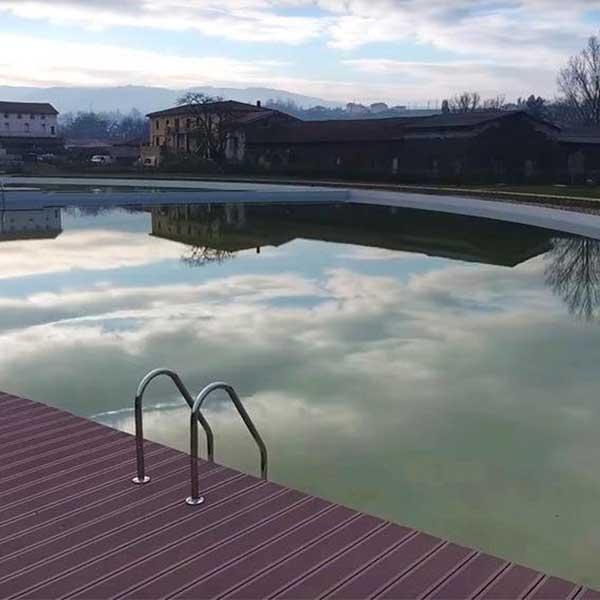 Photo : Parc des Blondières et de sa baignade naturelle (mention France du Grand Prix Infrastructure Durable en 2019) - © Phytor estore