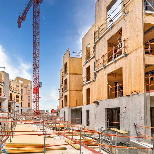 Un chantier de bâtiment bois à Bry-sur-Marne © Woodeum