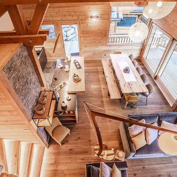 salon d'un chalet en Hautes-Alpes - chalets lombard vasina