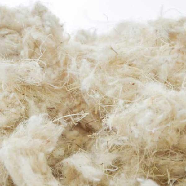 isolation en laine dans maison bois