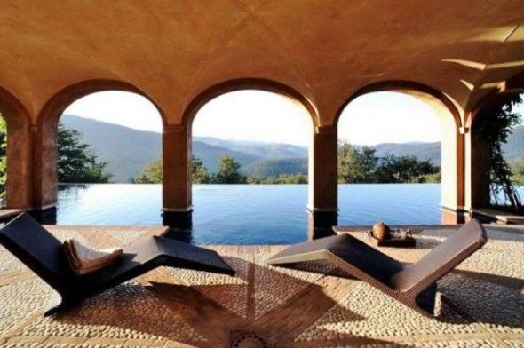 Luxury Italian Villa-pool with mountain view
