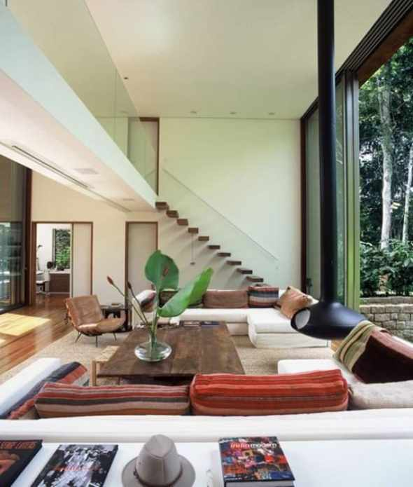 floating staircase in Iporanga House, designed by Arthur Casas Studio