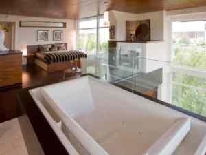 Segev - Upstair Bathroom with Bedroom