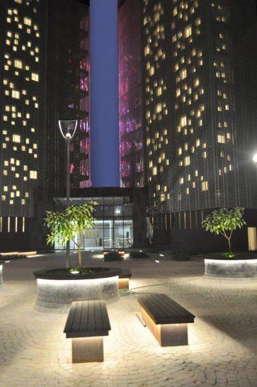 Mondeal Square, India / Blocher Blocher Architects