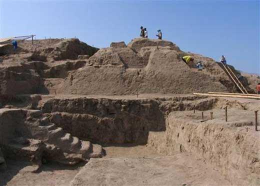 Temple Discovered in Peru